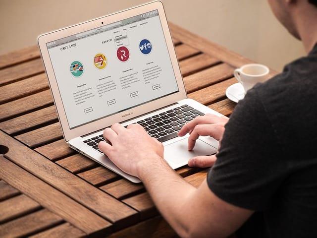 web design vs web development